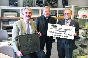 Bild von Holger Ansmann, Peter Homfeldt und Dr. Lothar Knippert